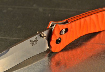 """Benchmade 710 custom scales """"int´l rescue"""""""
